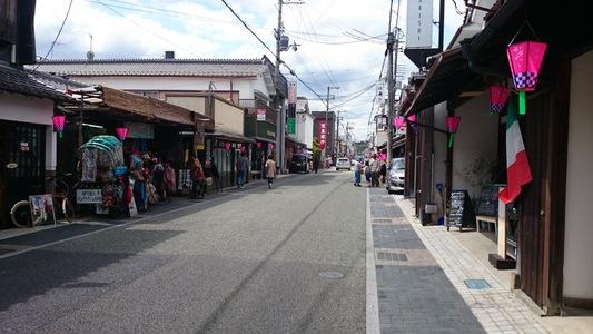 丹波篠山の商店街を散策
